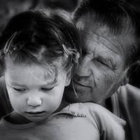 saying goodbye by VaggelisFragiadakis