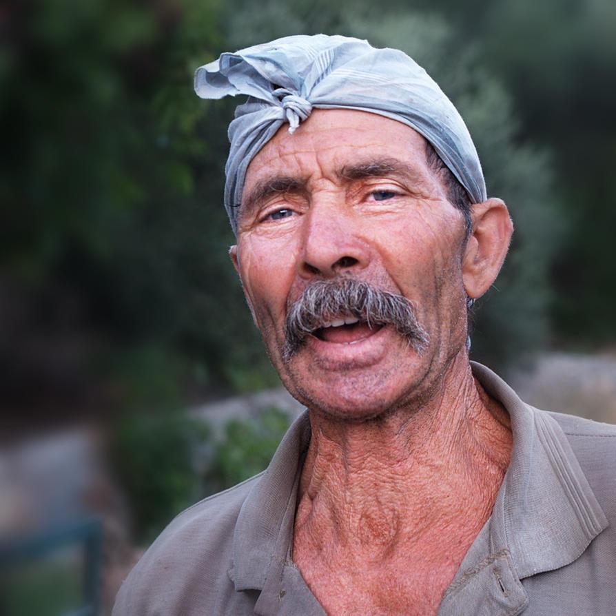 the singing farmer.... by VaggelisFragiadakis