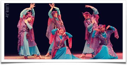 هنر دوم: حرکات نمایشی و رقص