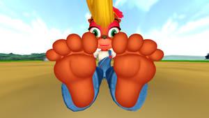 Coco Bandicoot's Bare Feet Tease