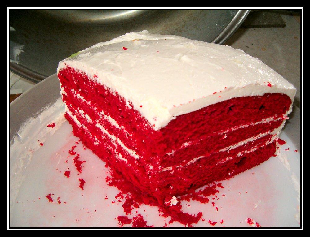 Red Velvet Cake by MuffinPie03