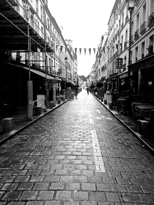 Versailles streets by Logiebear19
