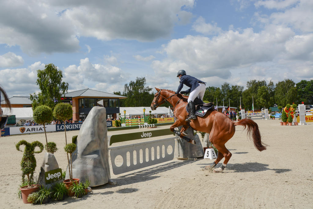 3DE Luhmuehlen Show Jumping Lift Off Series 08 by LuDa-Stock
