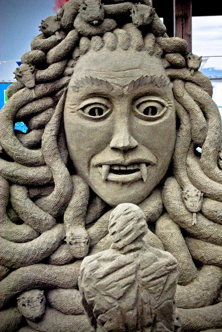 Medusa by sculptin