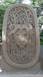 Lion by sculptin