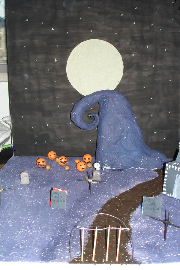 Maquete de Halloween by HyuugahMarina