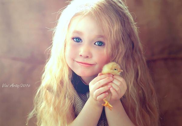 little girl Edition by vivi-art