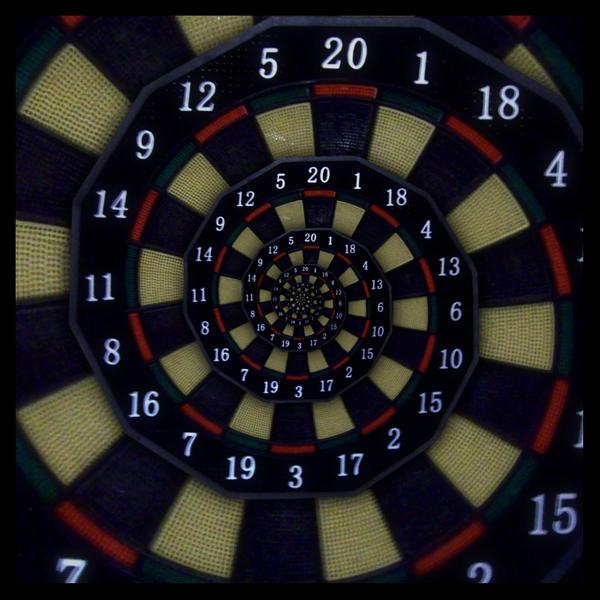 Darts Droste Effect by beem86