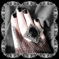 Vampress Marcasite Ring by LadyStarrlight