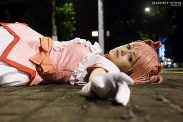Protect me, save me... - Madoka Kaname