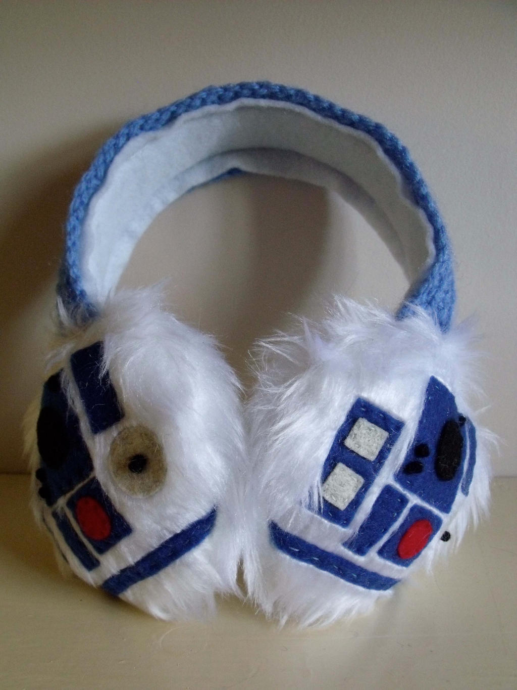 R2-D2 Earmuffs by Bee-Delicious