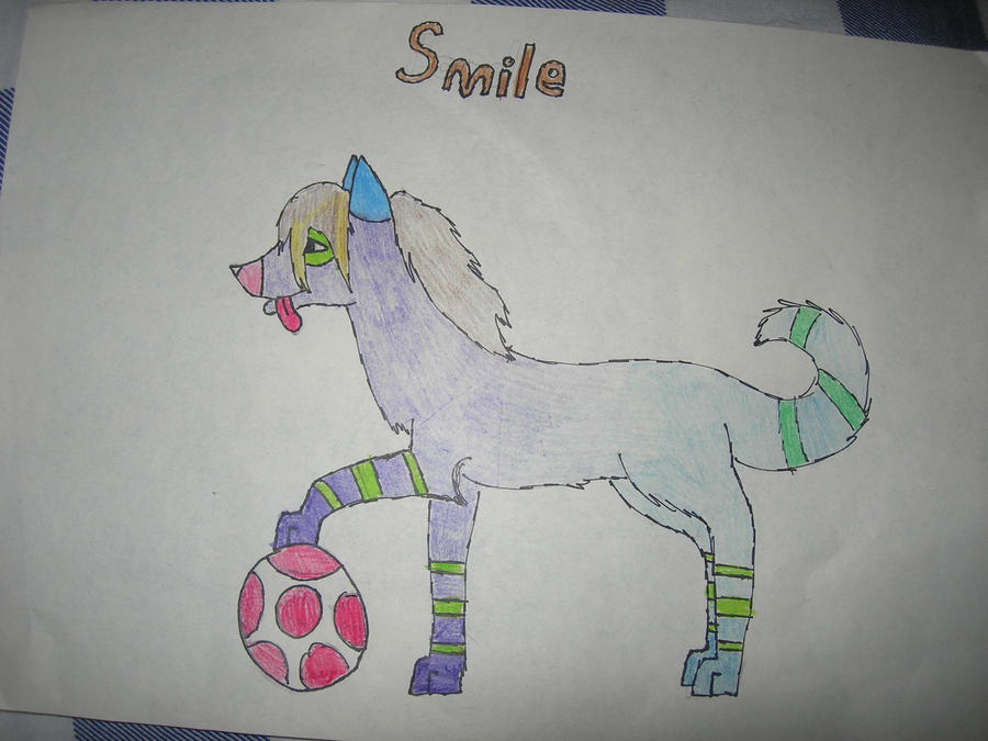 My friend oc. Smile by Kihomi-doglover