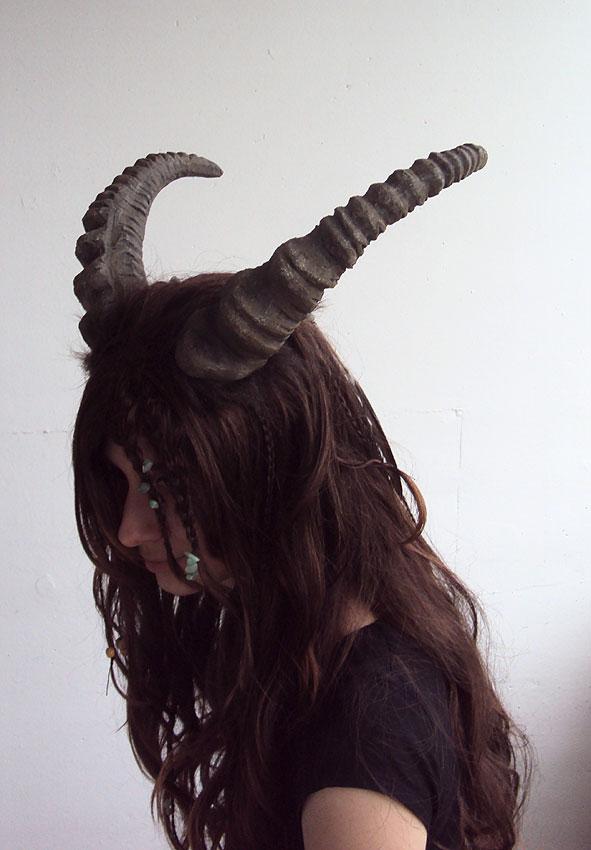 Faun horns by Ermelyn
