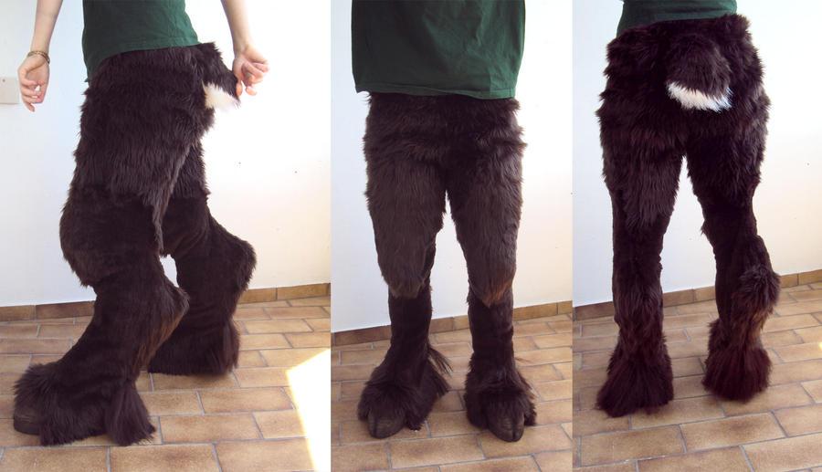 Faun legs by Ermelyn