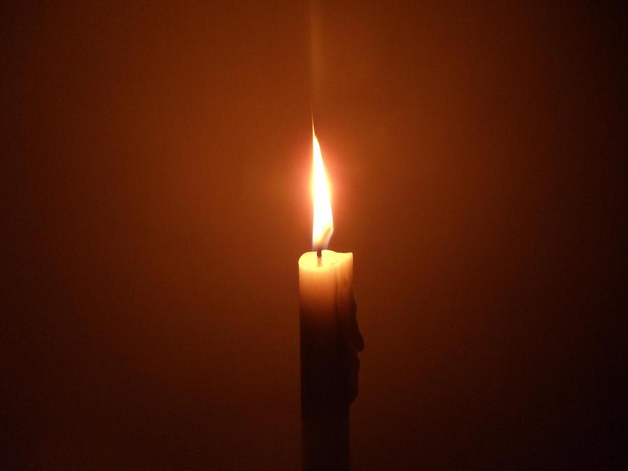 http://img10.deviantart.net/b00e/i/2012/227/0/3/candel_by_placeno9-d5b5tv8.jpg