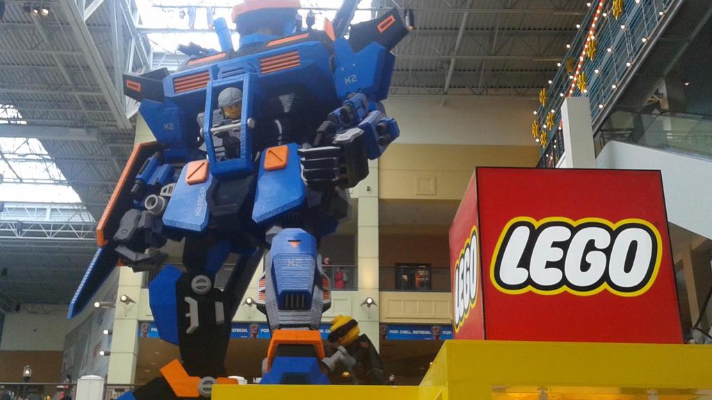 1,000,000+ LEGOs  by DemonDamon97