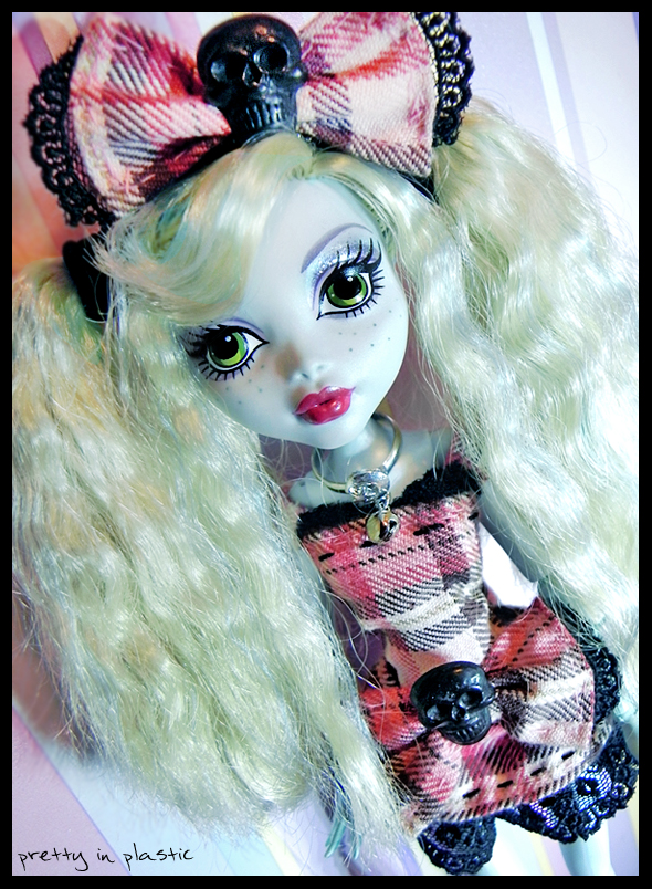 Lolita Lagoona 02 by prettyinplastic