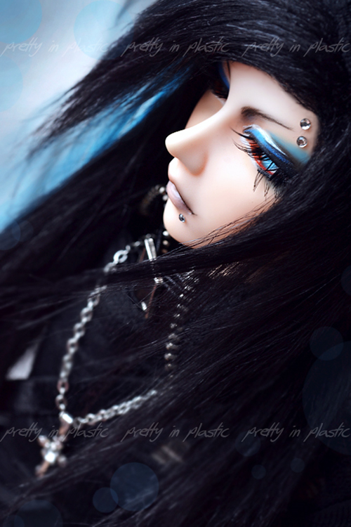 azure blue eyes by prettyinplastic on DeviantArt