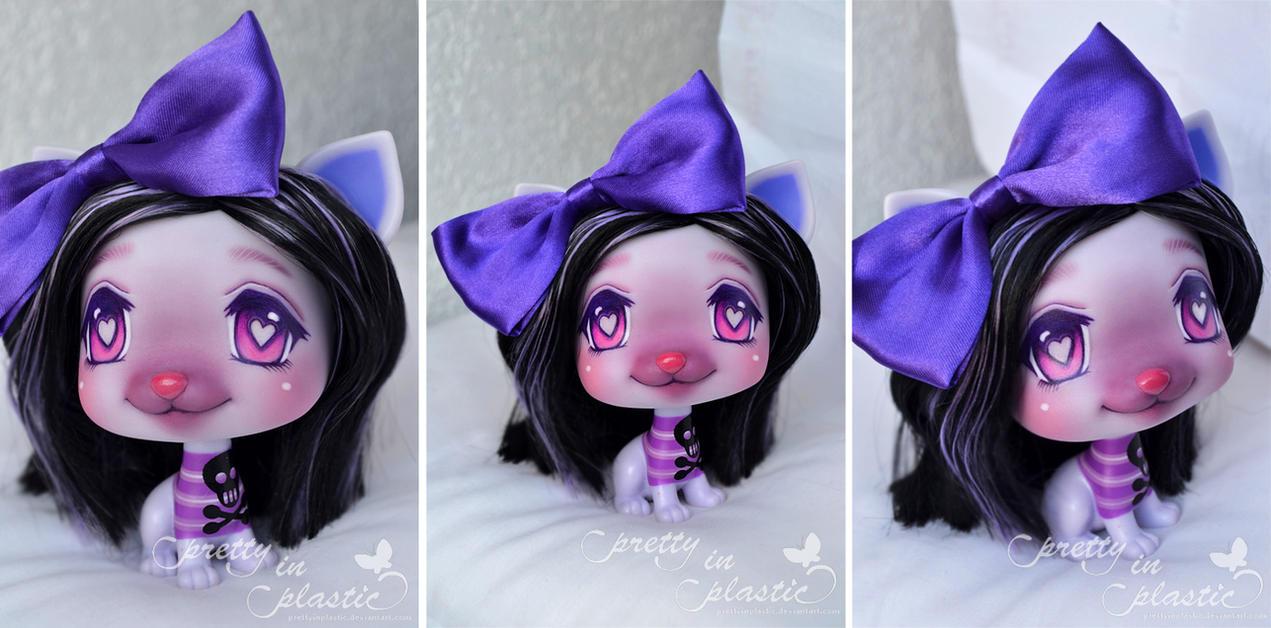 VIP Pet Lilith repaint by prettyinplastic
