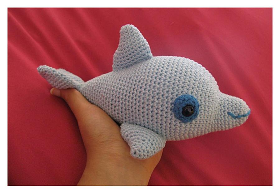 Amigurumi Dolphin Free : Ugo The Dolphin Amigurumi by CarolBarajas on DeviantArt