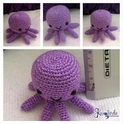 Octopus Miniature Amigurumi Crochet by CarolBarajas