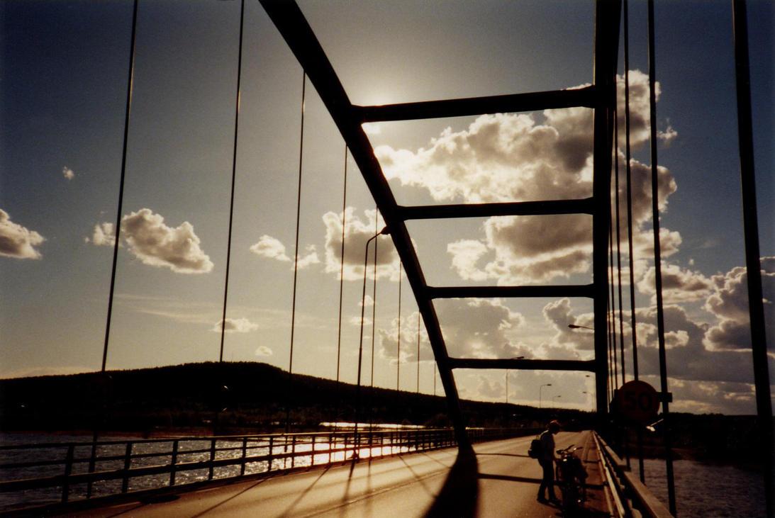 Bridge - uniter divider by Creativeness