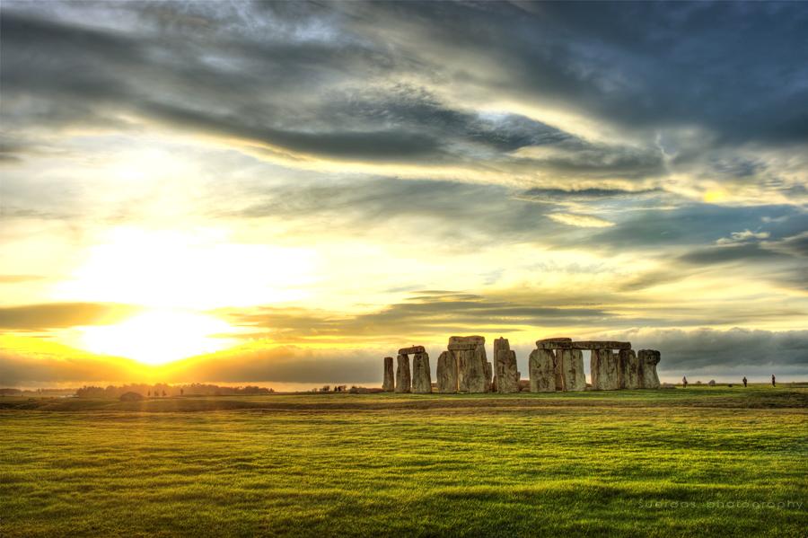 NyxBanana ; Let's Rock ! Stonehenge_by_suerdas-d4hw154