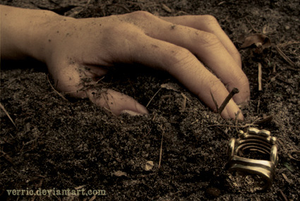 Ring burial by Verric
