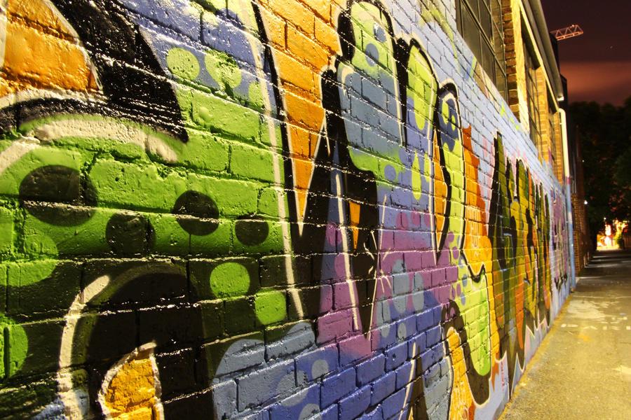 Graffiti at night by EvilPurpleChicken