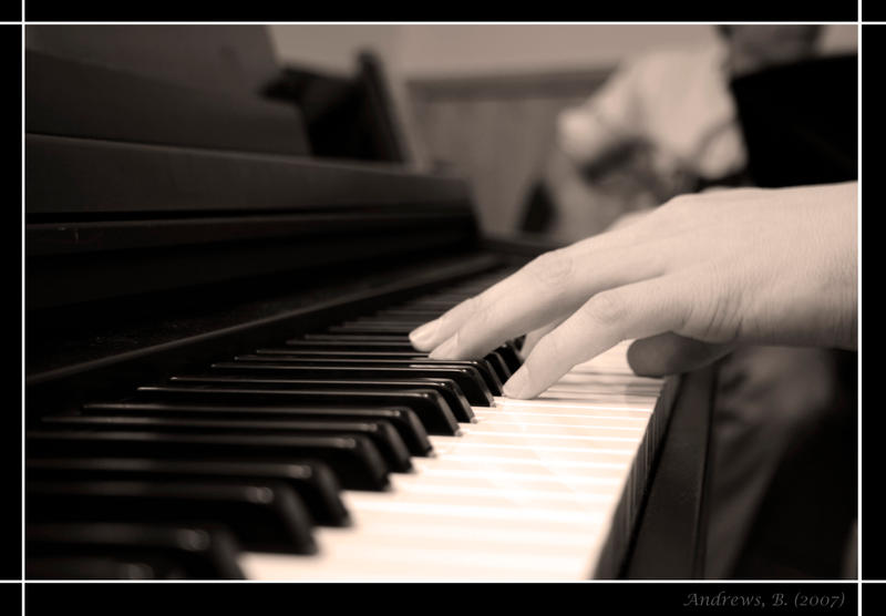 Piano Hands by Buddy9832 on DeviantArt
