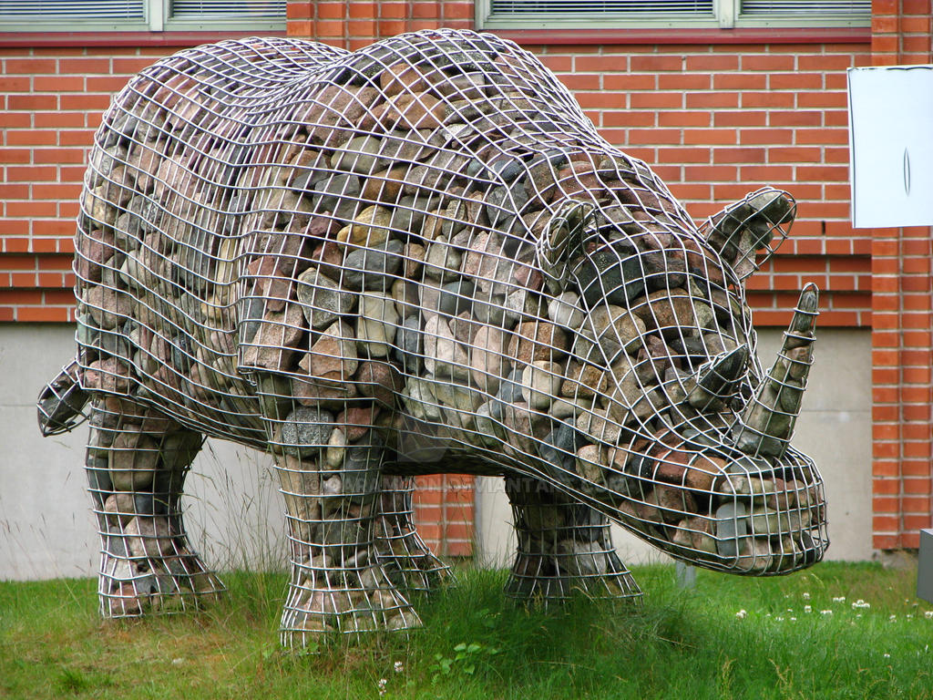 Stone rhino Leena by Daramoon