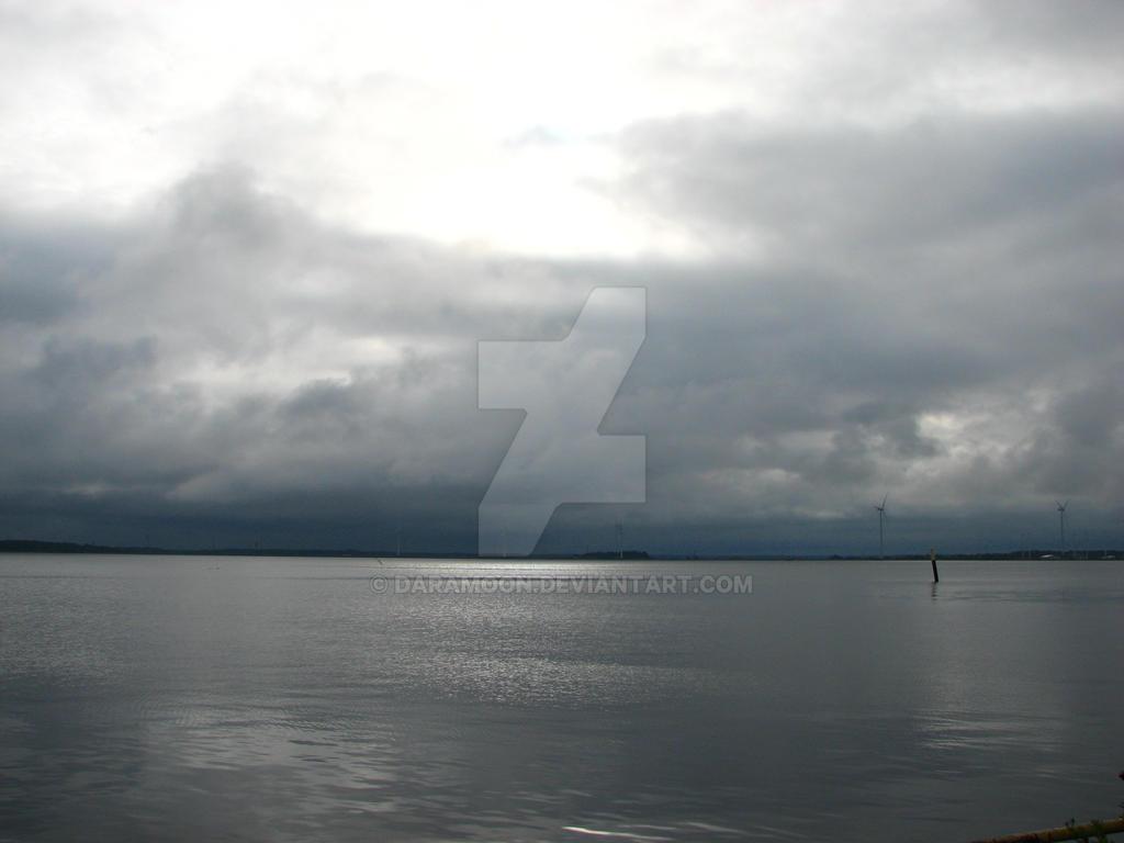 The Rain is coming... by Daramoon