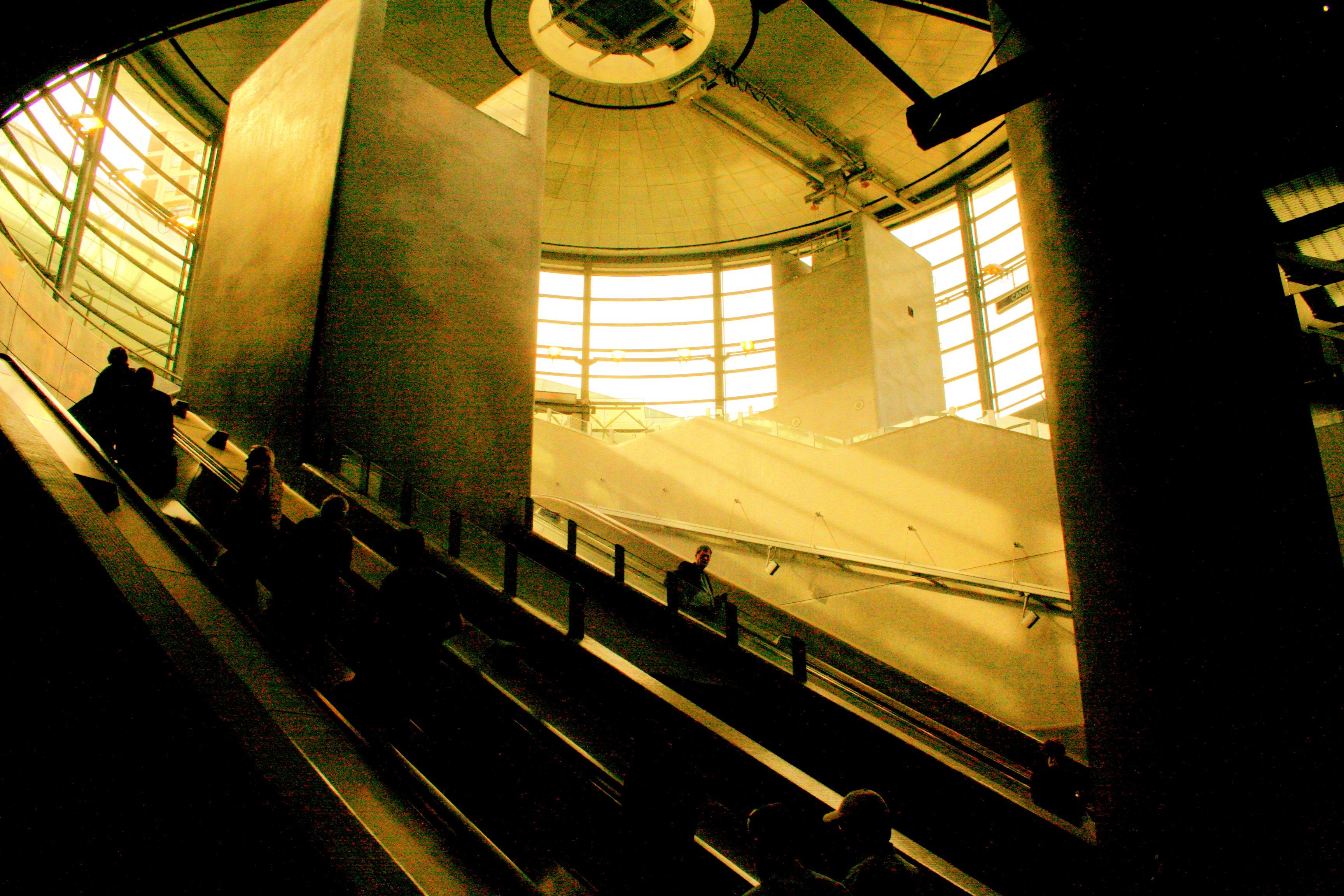 Atrium 3 by sutoll