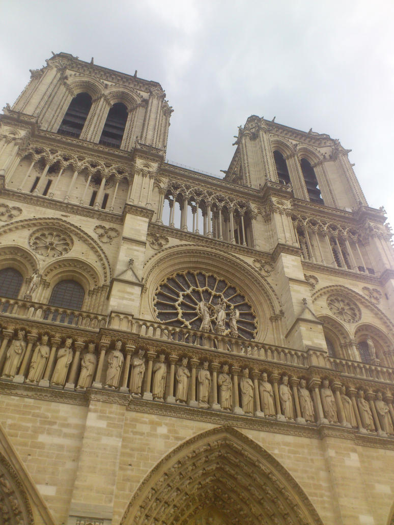 Notre Dame de Paris 2014 by Iris-Yukimihime