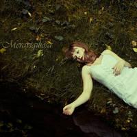 Black water by Meravigiliosa