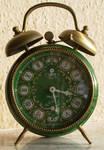 Retro alarm clock 04