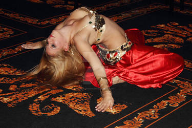 Ines Belly dancer