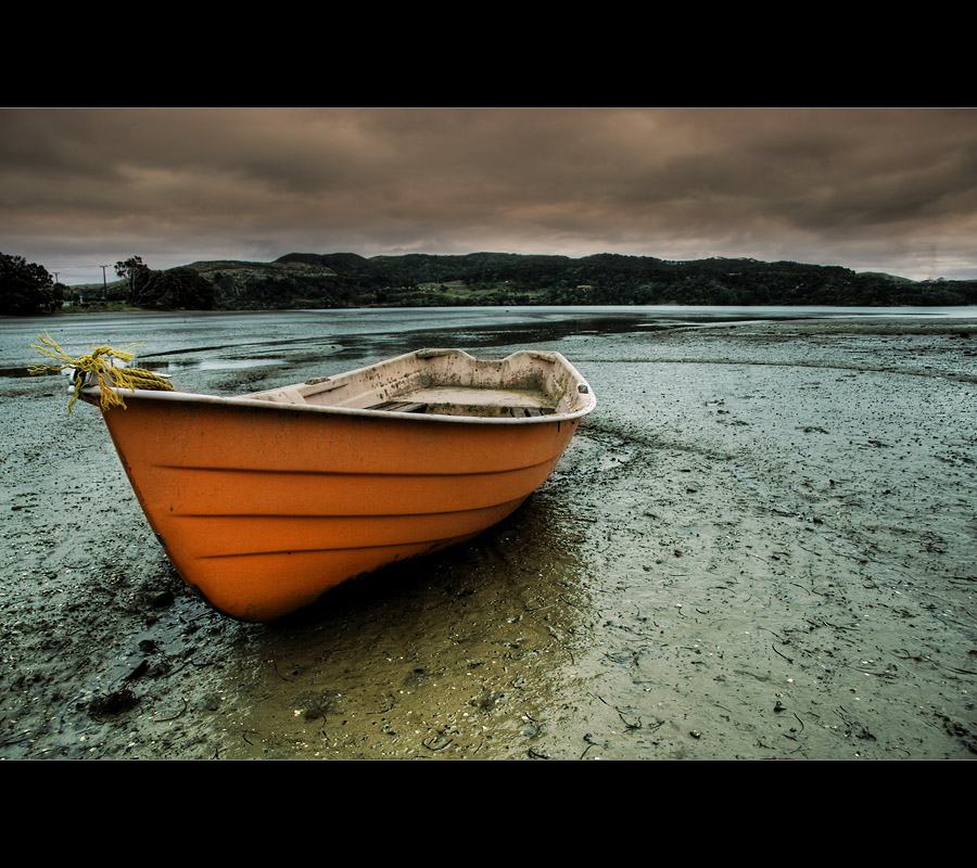 lonely boat 2 by light-recycled
