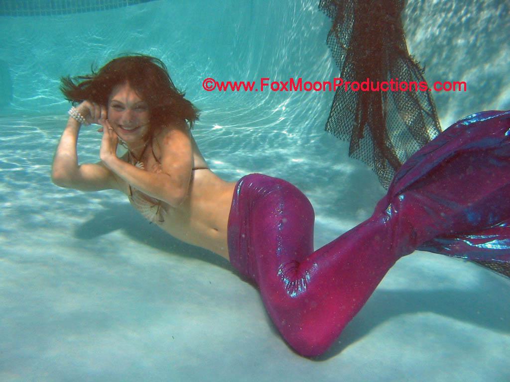 women mermaid costumes