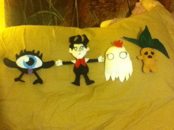 Don't Starve Plushies