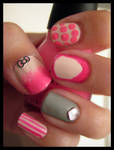 Valentines day nails_LEFT