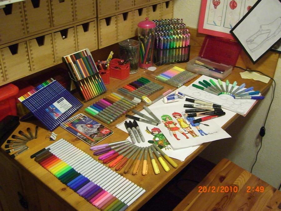 My Desk by Tygirl181