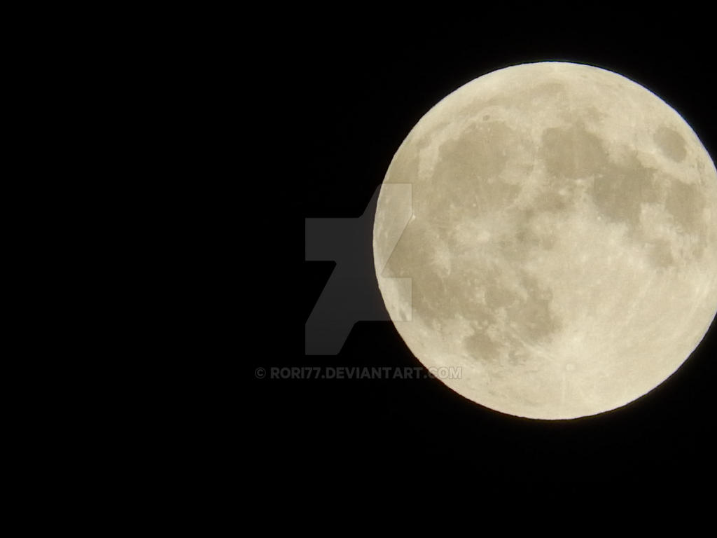 Full Moon over CT by rori77