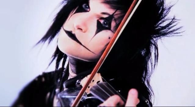 Jinxx Violin by MetalDico