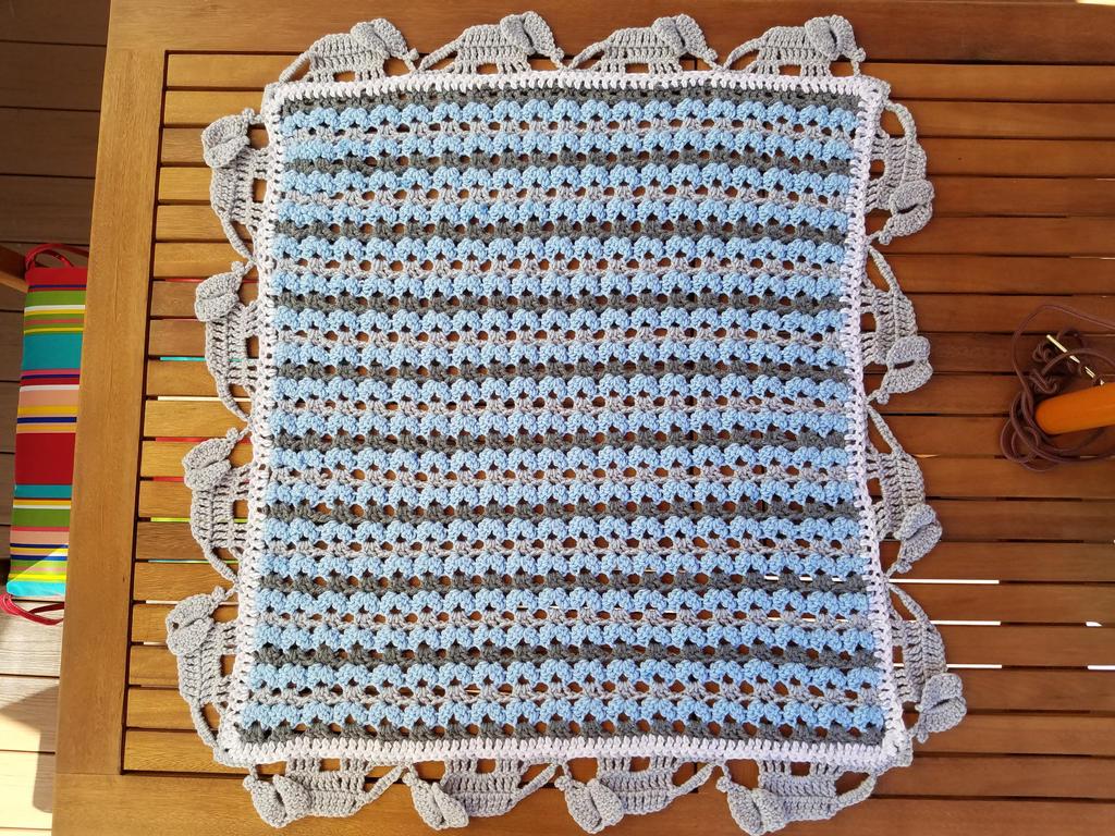 How to Crochet an Elephant Boarder - YouTube | 768x1024