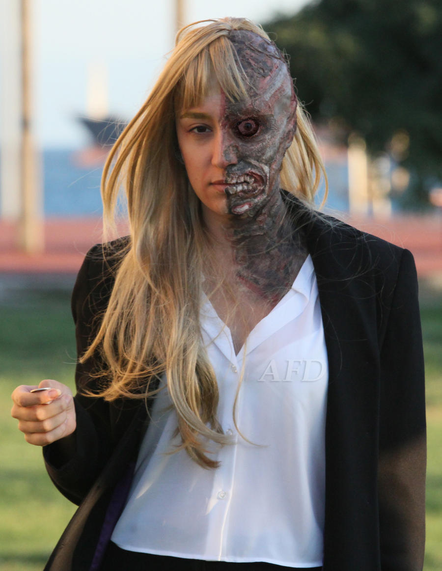 Twoface crossplay make-up by matildox