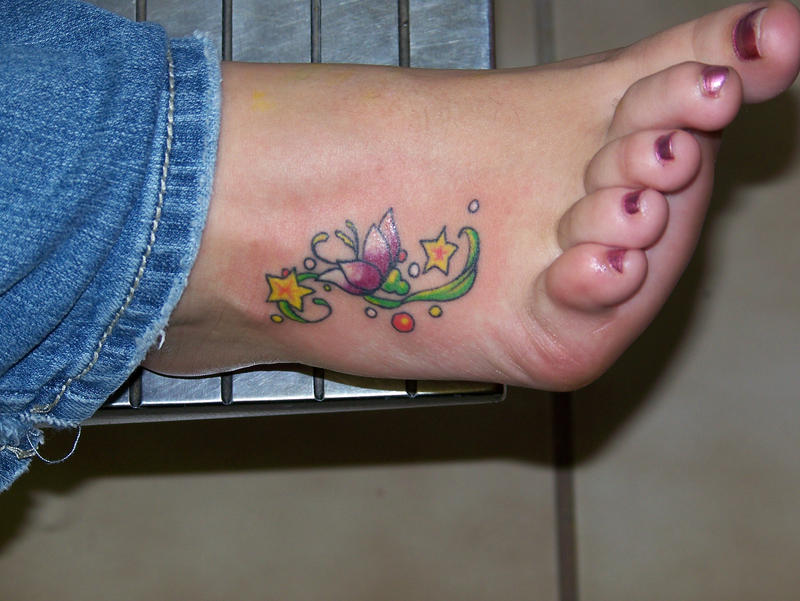 simple foot tattoo by pain4money