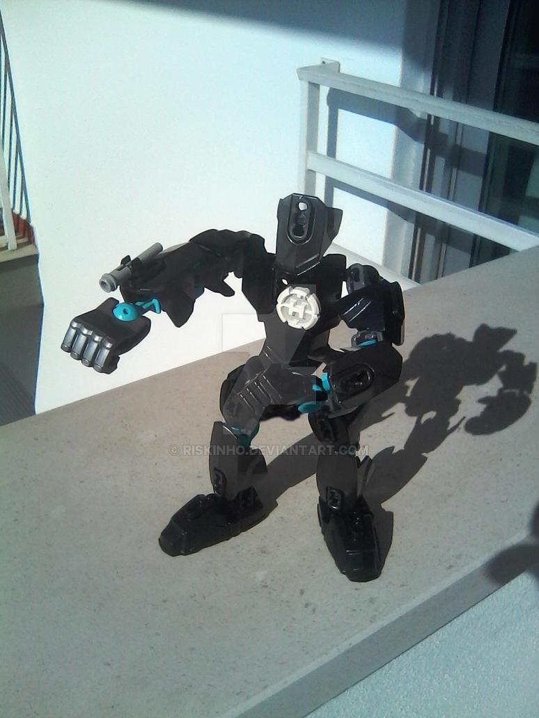 Black Battle Droid by riskinho