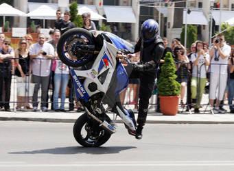 Moto v4
