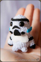 Stormtrooper Amigurumi (Star Wars) by cristell15